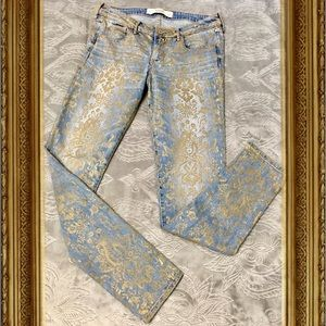 Abercrombie &Fitch Gold Printed Blue Jeans